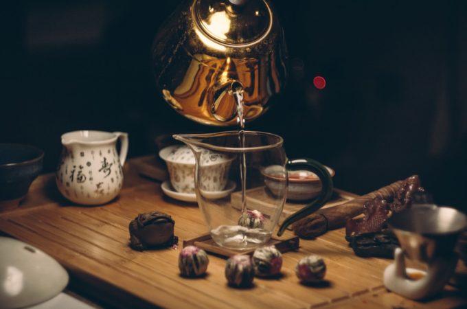 Daj się uwieść klasycznym smakom herbat aromatyzowanych